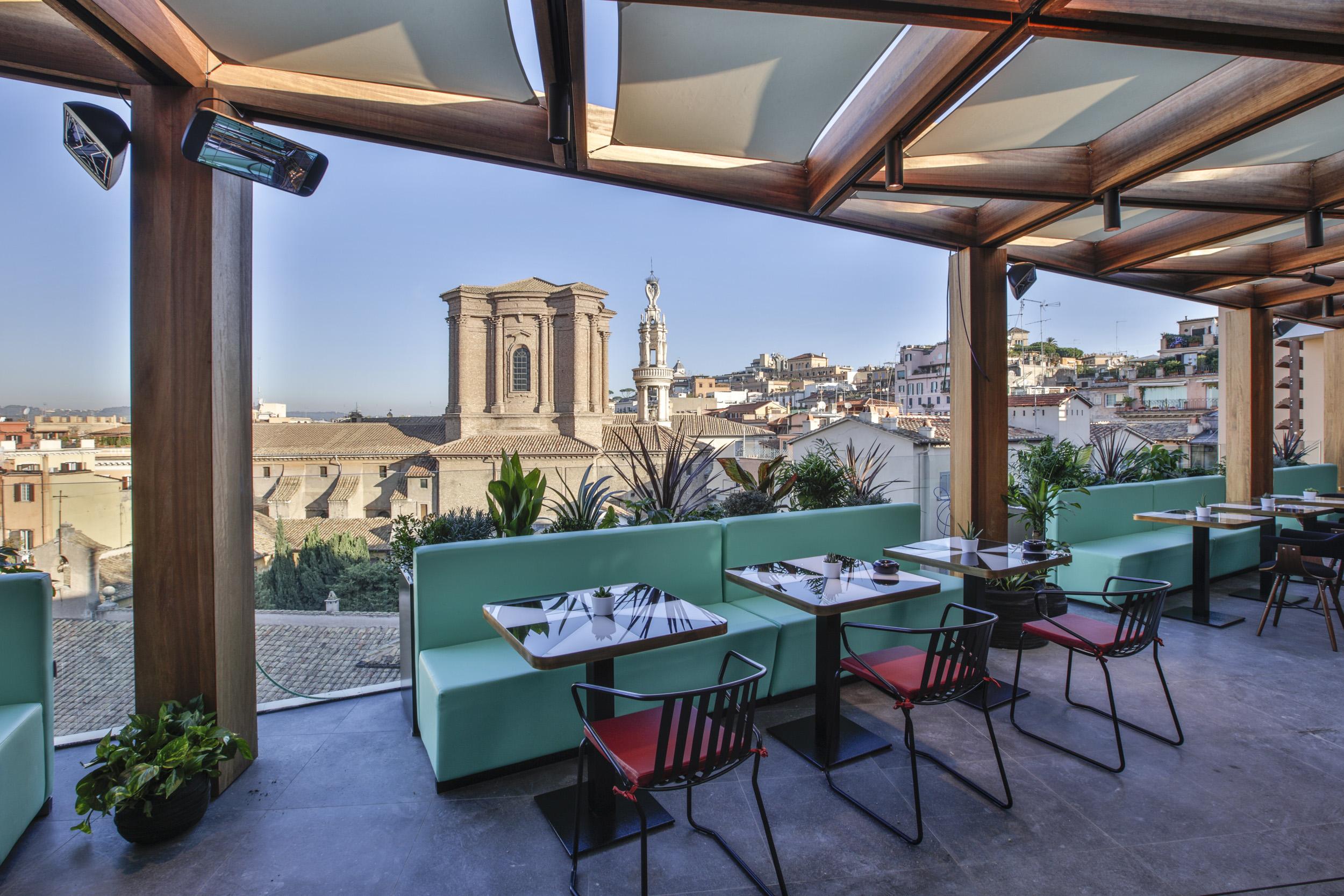 Hotel Capo d\'Africa: aperitivo in Terrazza | DireDonna