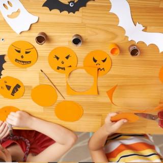 5 lavoretti di Halloween per bambini con carta