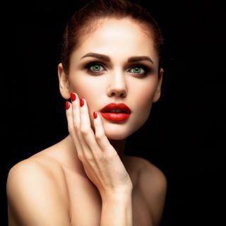 Quali colori scegliere per il trucco labbra delle castane