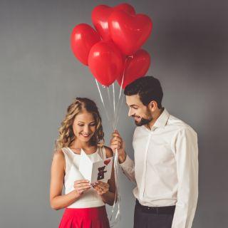 Le frasi di anniversario di fidanzamento per lui e per lei