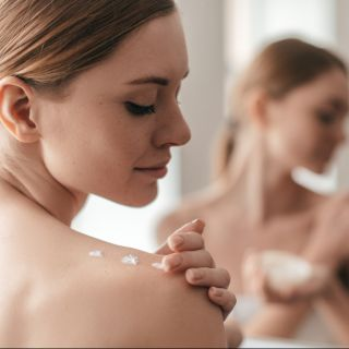 La recensione della crema corpo Oliva di Phytorelax
