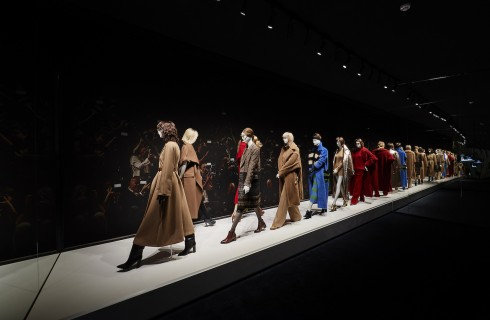 Max Mara Cappotti: a Seul la mostra evento Coats!