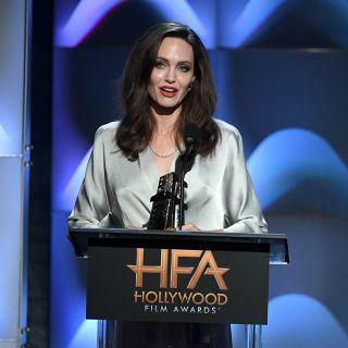 Angelina Jolie desta ancora preoccupazione per la magrezza