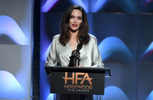 Angelina Jolie, troppo magra, vuole tornare in forma e dimenticare Brad Pitt