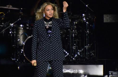Beyoncé è la cantante più pagata nel 2017 secondo Forbes