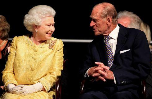 La Regina Elisabetta sente la mancanza del Principe Filippo, via da Buckingham Palace