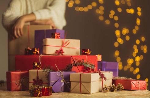 Regali di Natale 2017: profumi per lei e per lui