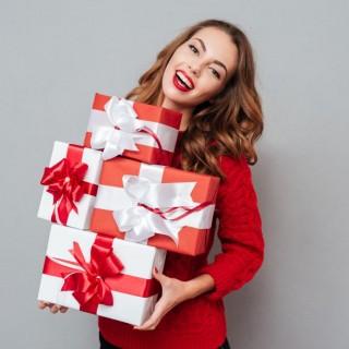 I cofanetti per lui e per lei sotto l'Albero di Natale