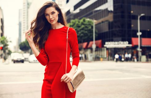 Vestirsi di colore rosso: 7 regole da rispettare