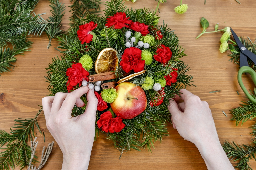 Composizioni floreali natalizie 5 idee diredonna - Natale fai da te 2017 ...