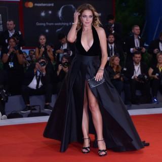 Sanremo: Claudia Gerini porta in tv le Nuove Proposte