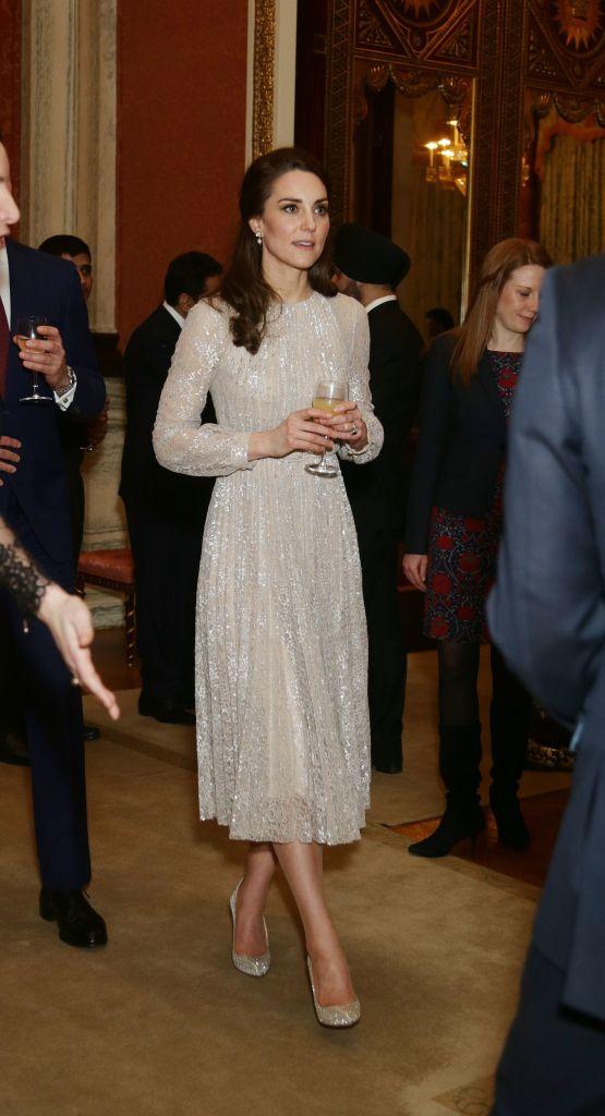 I look più belli di Kate Middleton  in Alexander McQueen ai BAFTA 2017 a2c72c66535