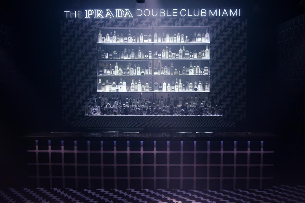 The Prada Double Club Miami, foto