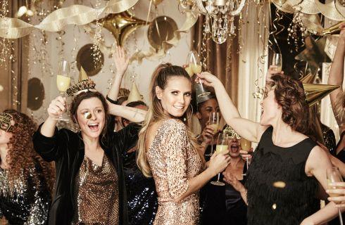 Lidl: look di Natale firmati Heidi Klum per la caspule Let's Celebrate Esmara