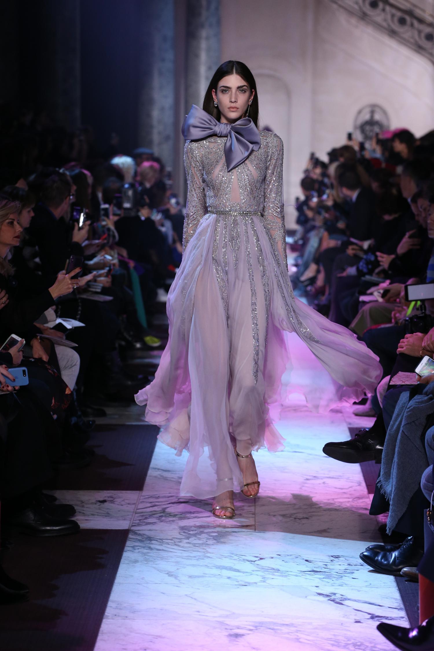 Elie Saab Haute Couture Primavera-Estate 2018, le foto