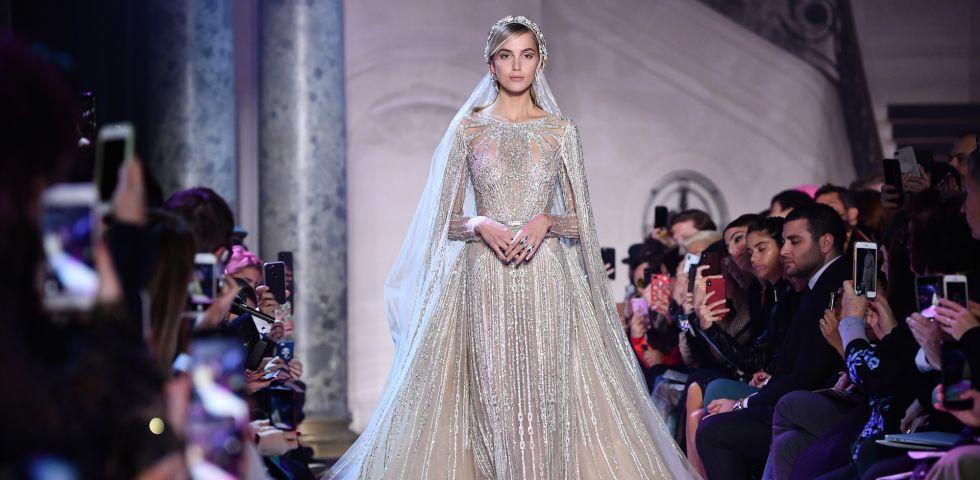 Abiti da sposa dalle collezioni couture Primavera-Estate 2018 ... d3ad0ef64e7