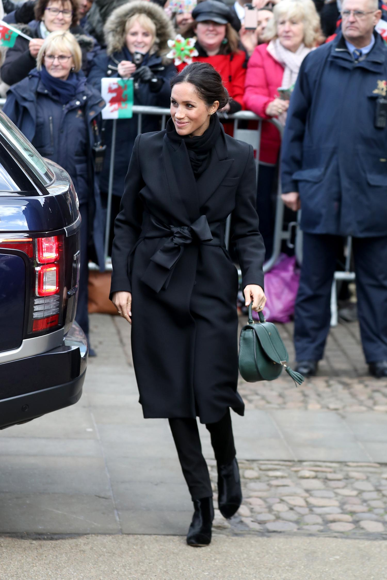 meghan markle, look total black