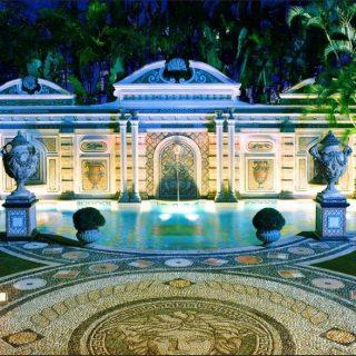 La villa di Versace a Miami, set di American Crime Story