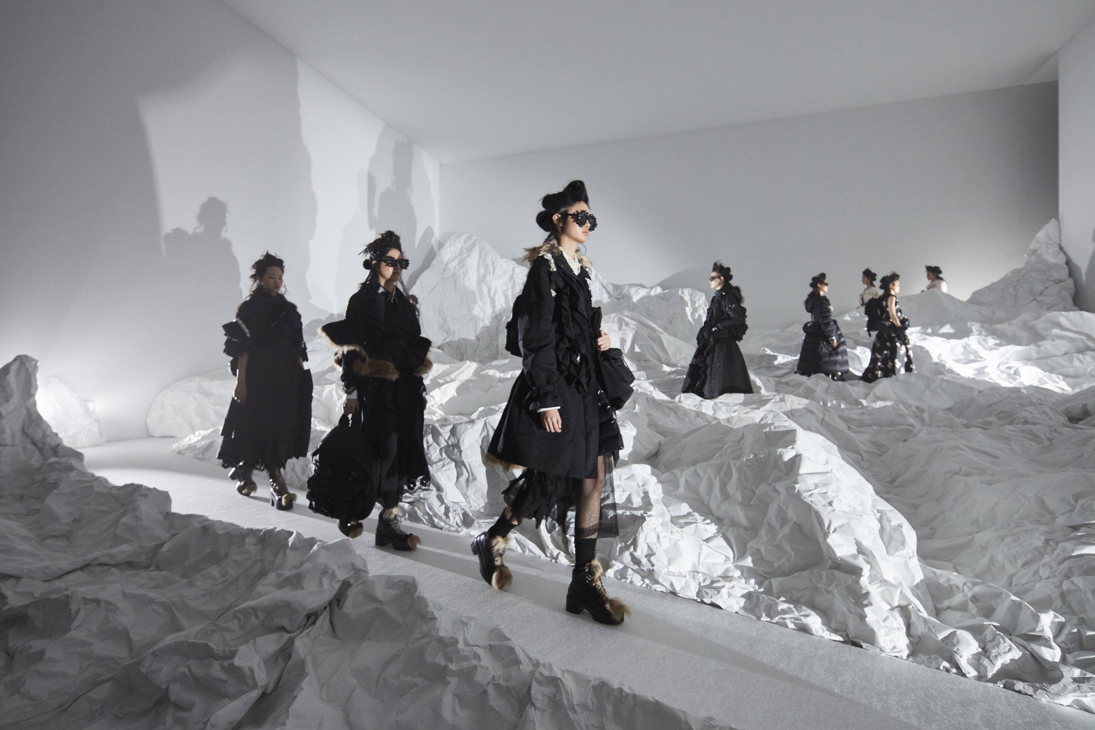 Moncler genius presentazione autunno inverno 2018 19 for Fashion designer milano