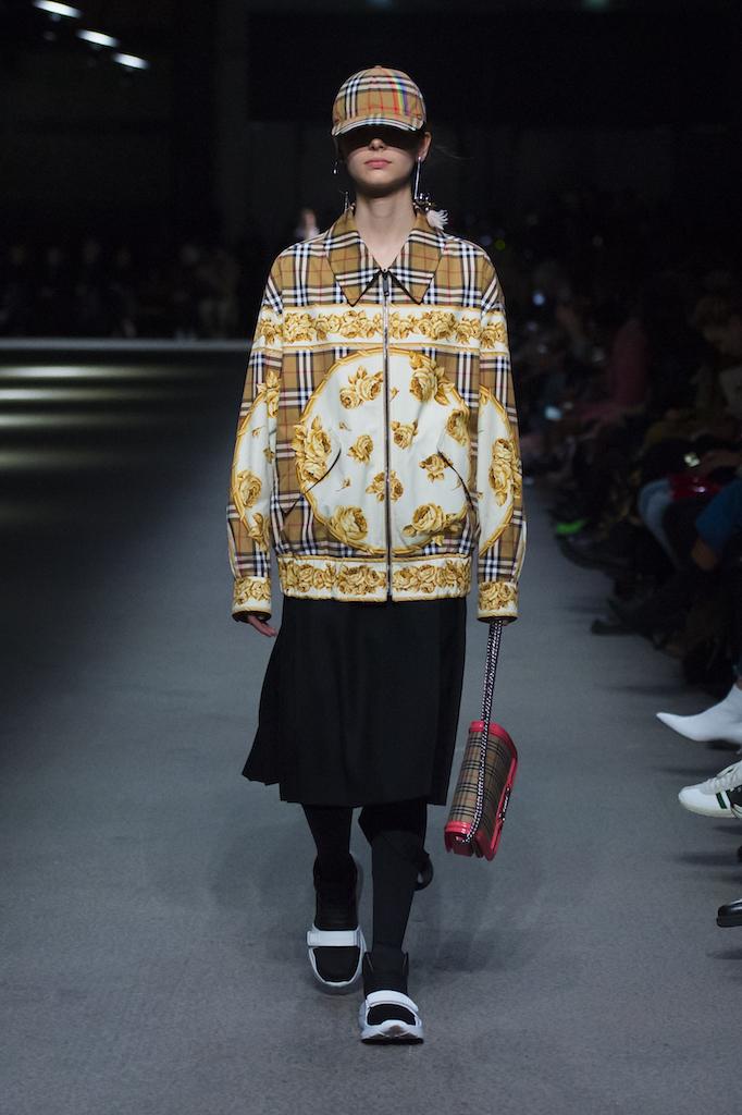 Burberry, la sfilata febbraio 2018 alla London Fashion Week, le foto