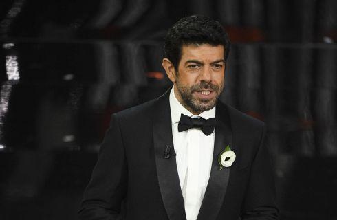 Sanremo 2018: la quarta serata. Conduttori, ospiti e scaletta cantanti