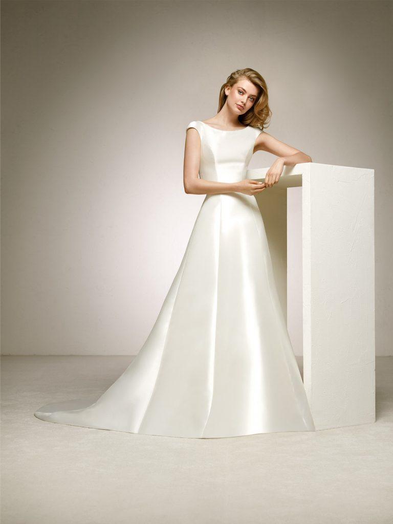 2. Abiti da sposa Semplici Pronovias