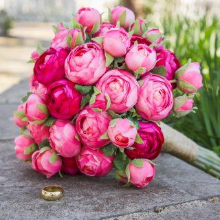 Il lancio del bouquet da sposa: le origini