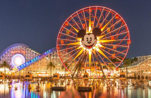 Opening Ceremony sfila a Disneyland