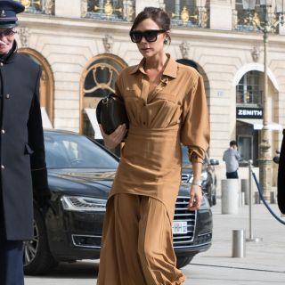 Copia il look: Victoria Beckham a Parigi