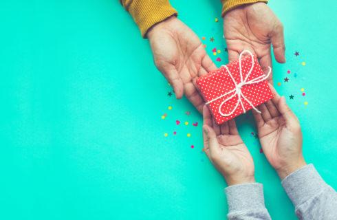 Lavoretti Festa del Papà 2019: idee facili e utili