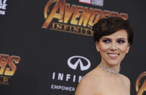 Il beauty look di Scarlett Johansson alla première di Avengers: Infinity War