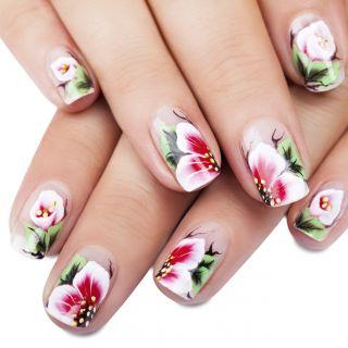 I disegni unghie più belli per la primavera