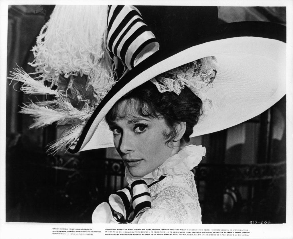 Audrey Hepburn è Elize Doolitle