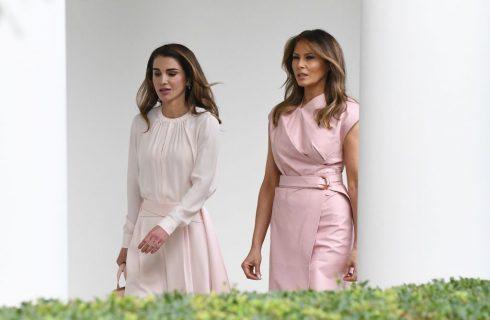 Melania Trump e Rania di Giordania alla Casa Bianca: look a confronto