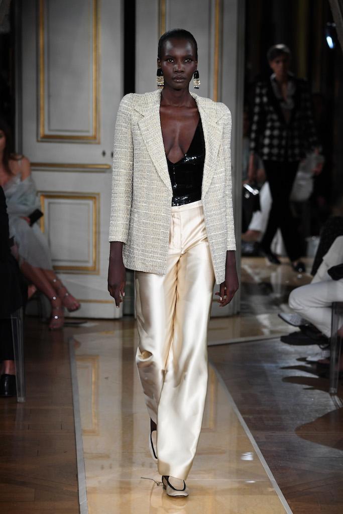 Giorgio Armani Privé Haute Couture Autunno-Inverno 2018/19, le foto