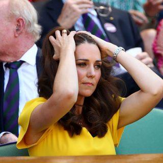 Kate Middleton con il nuovo anello regalo di William
