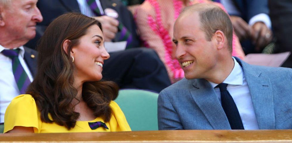 b6549c99b438 Kate Middleton a Wimbledon in giallo Dolce Gabbana
