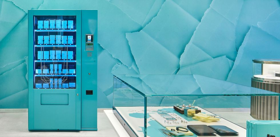 Tiffany: il primo distributore automatico di fragranze in boutique