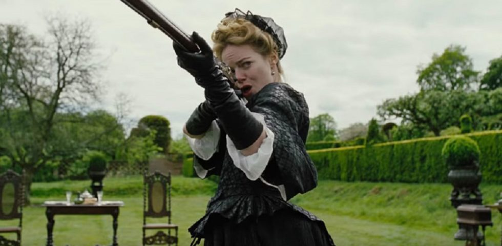 La Favorita, recensione del film con Emma Stone e Rachel Weisz