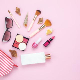 Bellezza in travel size: i prodotti da mettere in valigia