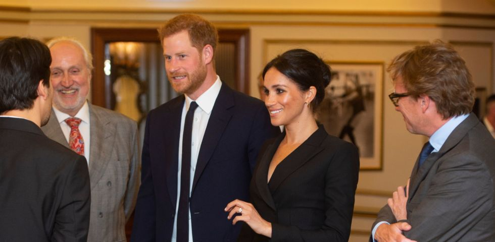 Meghan Markle: gonna corta come Kate Middleton, Lady Diana e la regina Elisabetta