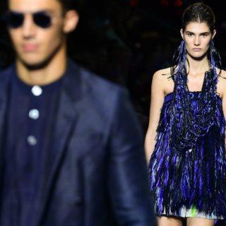 Funzionale e glam: è la moda di Emporio Armani