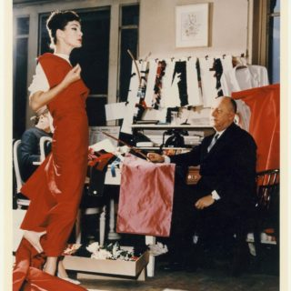 Christian Dior Designer of Dreams, la mostra al Victoria and Albert Museum di Londra: le foto