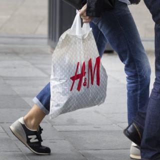 Burberry, Zara e H&M: stop alle buste di plastica