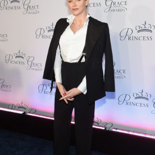 Charlène di Monaco, look androgino ai Princess Grace Awards