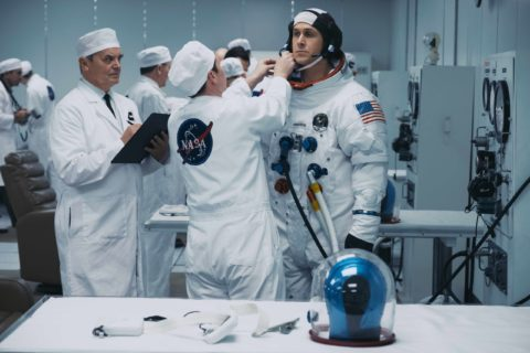 First Man, le foto del film con Ryan Gosling e Claire Foy