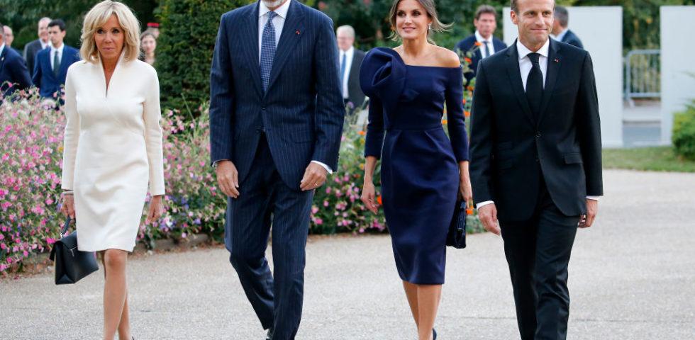 Il look perfetto di Letizia Ortiz per l'incontro con i Macron