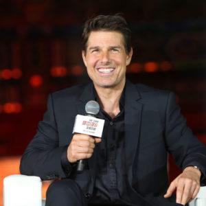 Tom Cruise può vedere la figlia Suri solo 10 giorni al mese