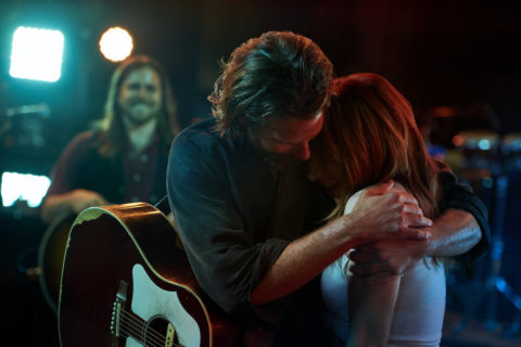 A Star is Born, le foto del film con Lady Gaga