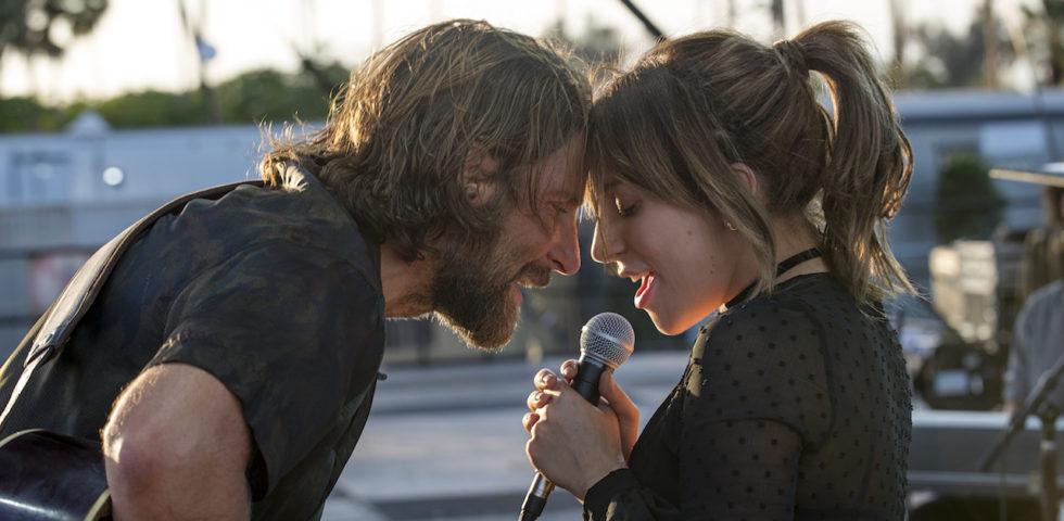 A Star is Born: trama, recensione, colonna sonora del film con Lady Gaga